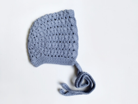 Knitted blue bonnet