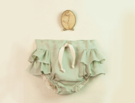 Green culotte with frills
