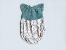 Knitted flowers romper