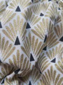 Hand geometric gold bloomers