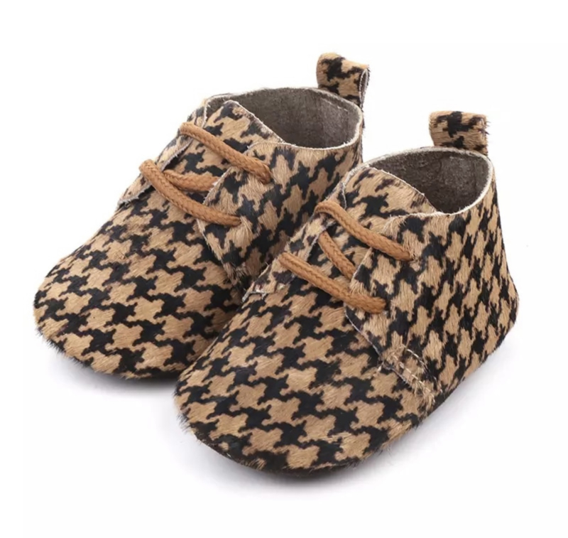 Winter shoes brown