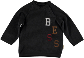 BESS sweater antra letters