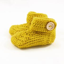 Gehaakte babyslofjes mosterd geel