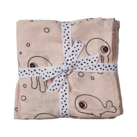 Set van twee hydrofiele doeken sea friends roze - Done by Deer
