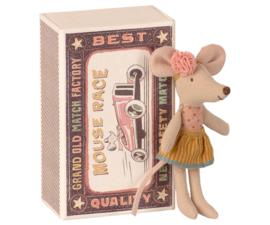Kleine zus muis in doosje - Maileg