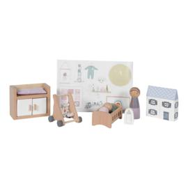 Poppenhuis uitbreiding babykamer - Little dutch