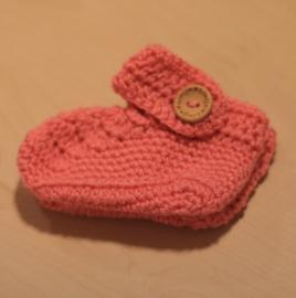 Gehaakte babyslofjes roze