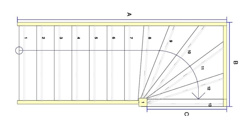 Vuren trap met bovenkwart (rechtsom)