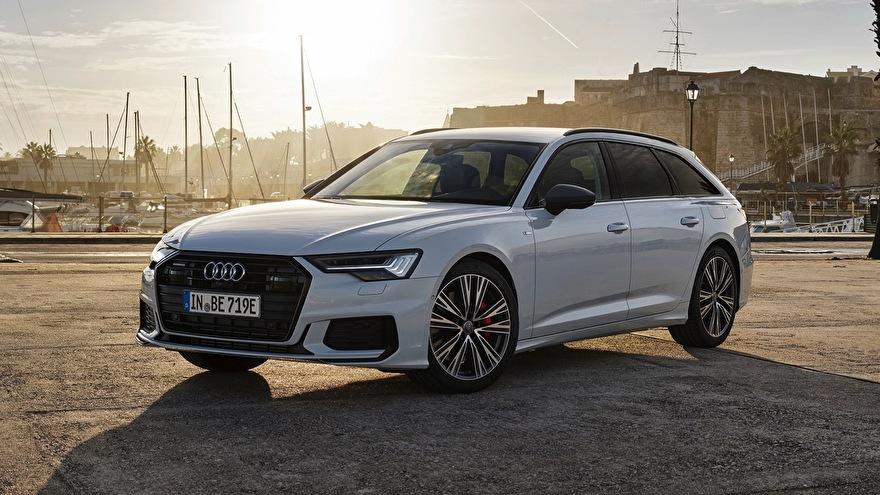 Audi A6 Avant 50 TFSI e quattro opladen laadkabel laadpaal