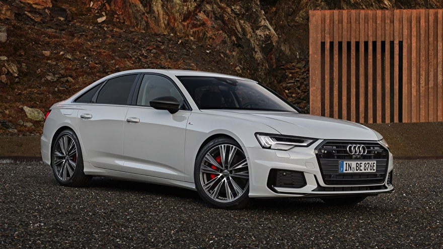 Audi A6 Sedan 50 laadkabels en laadpalen