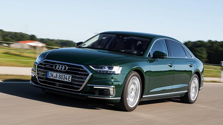 Audi A8 laadkabels en laadpalen