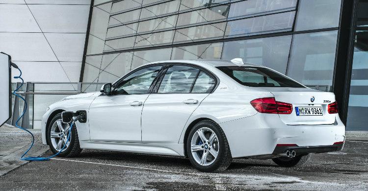 BMW laadkabels kopen BMW 330e laadkabel laadpalen thuislader