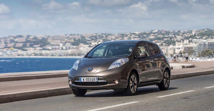 Nissan Leaf t/m 2017 laadkabels en laadpalen