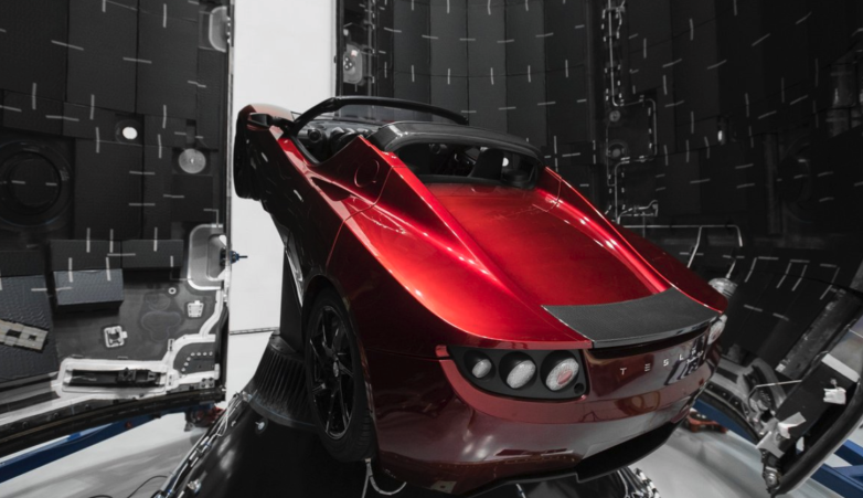 Tesla Roadster laadkabel SpaceX
