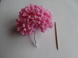 Bloemen foam met bollentjes roze