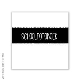 Schoolfotoboek [LET OP! LICHT BESCHADIGD]