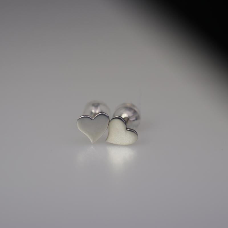 Valentijn oorbel zilver