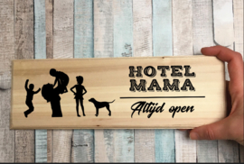 Plankje 'hotel mama'