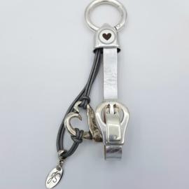 H❤RT ONDER DE RIEM   Sleutel hanger.