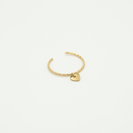 Ring met hangend hartje goud