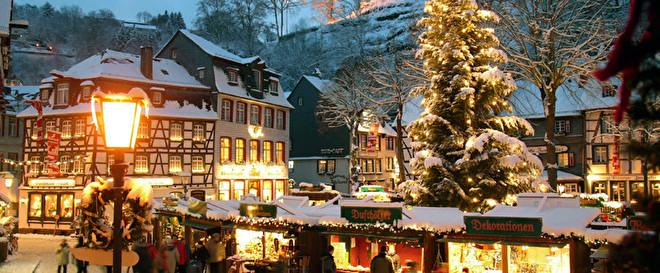 kerstmarkt-monschau-hotelletjeindeeifel.nl.jpg