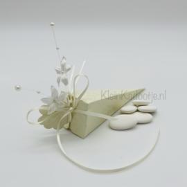 Huwelijksbedankje - Puntdoosje crème