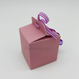 Geboortebedankje - Kubusdoosje roze