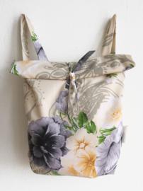 FLOWER ZACHT RUGTAS- FOLDER BAG