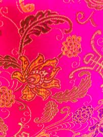 Meditatiekussen roze met gouden bloemen/ VERKOCHT