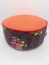 Meditatiekussen paars-oranje rondjes