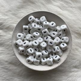 Letterkralen - 10mm wit streepje