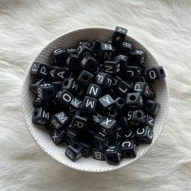 Letterkralen -  10mm ZWART acryl