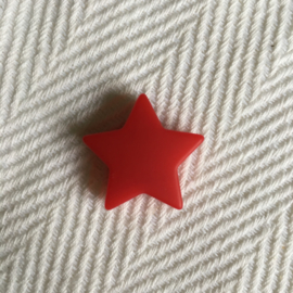 Star M - crimson red