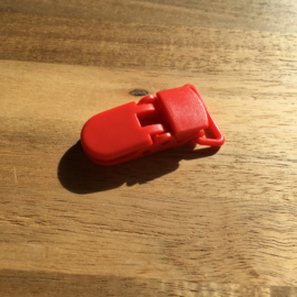 Pacifier clip plastic 20mm - red