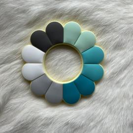 Bloem bijtfiguur - mint/turquoise tinten