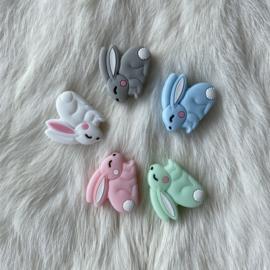 Rabbit bead - white