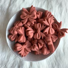 Strikje - clay