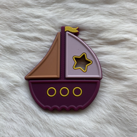 Boat teether - wine red