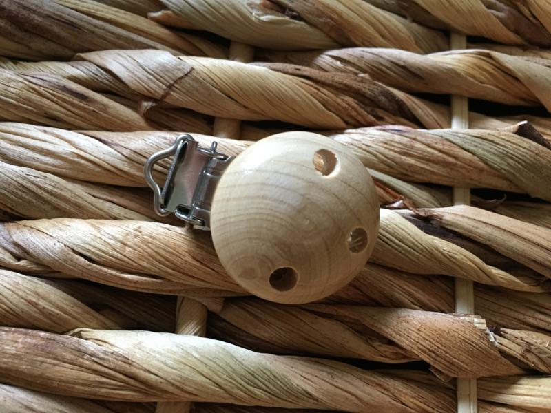 Speenclip hout klein - neutraal gelakt