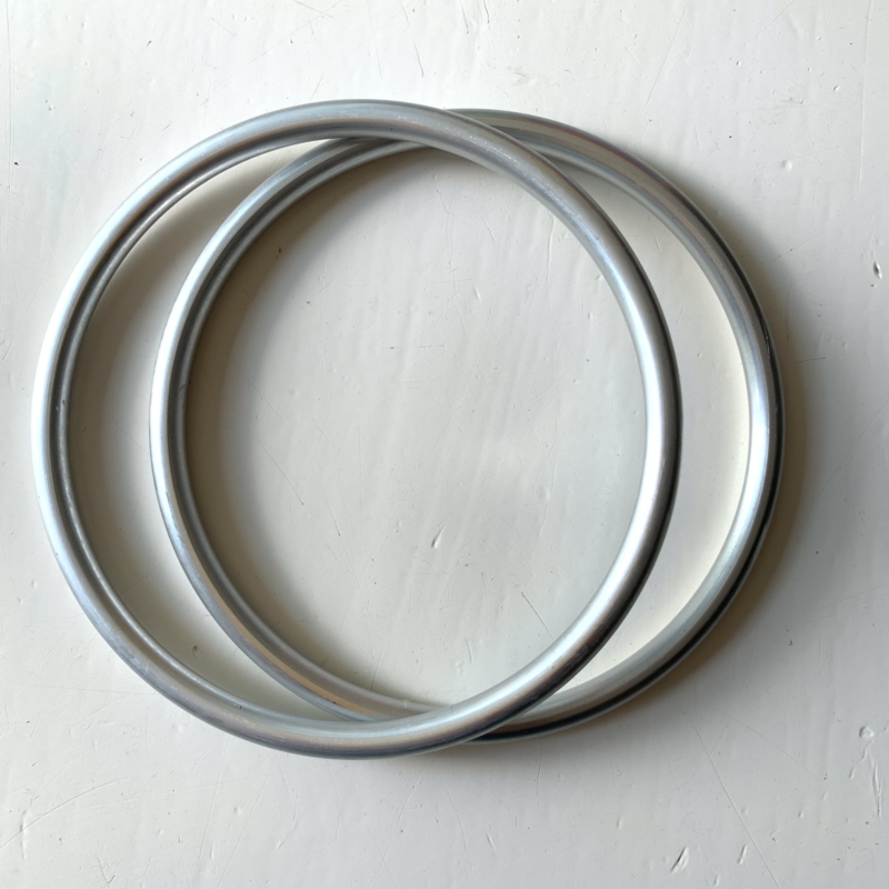 Slingringen maat XL - zilver semi glimmend