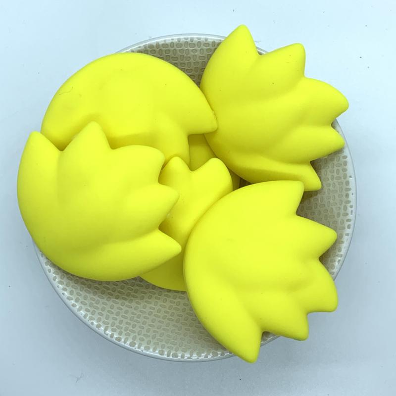 Lotus kraal - geel