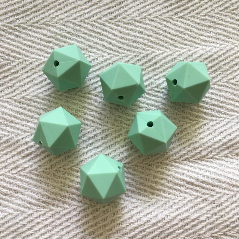 Icosahedron 22mm - mint