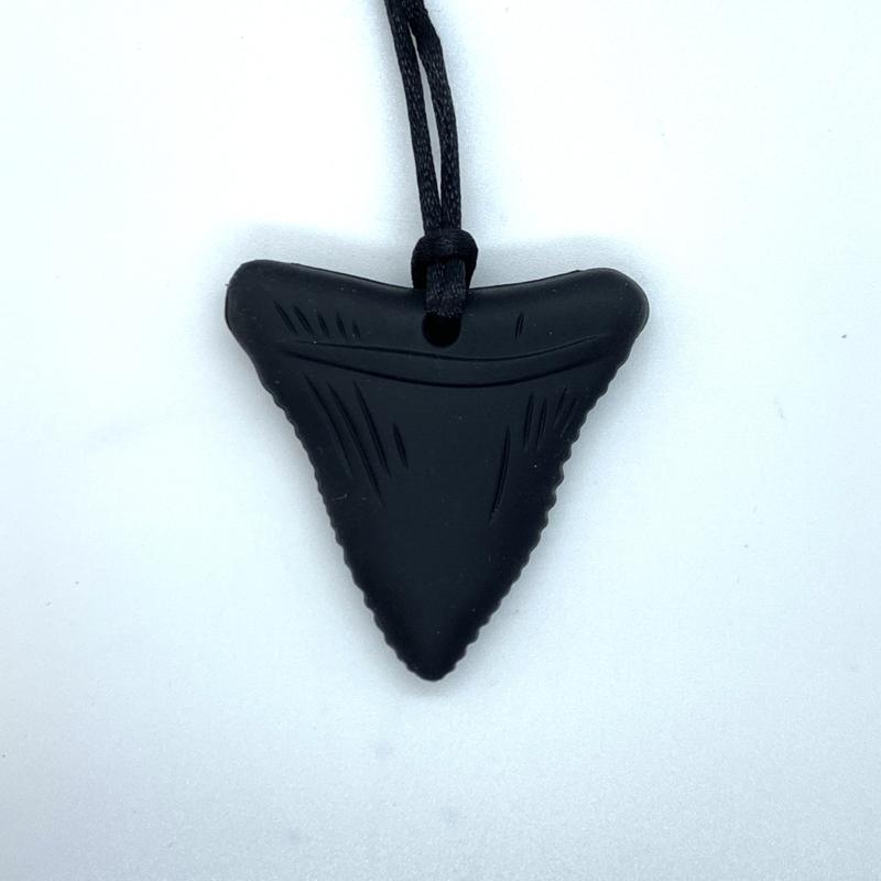 Haaien tand - zwart