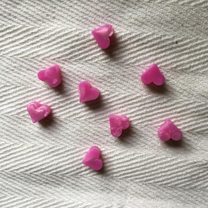 Klein hartje - parelmoer fuchsia