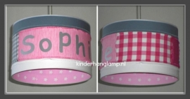 meisjeslamp met naam roze stoffen grijs en fuchsia genaaid