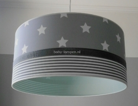 Jongenslamp lichtgrijs witte sterren en strepen effen mintgroen