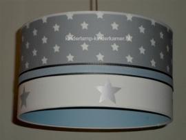Jongenslamp lichtgrijs sterren zilveren sterren lichtblauw