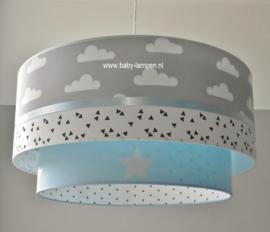 kinderlampen lichtblauw grijze wolkjes en triangel