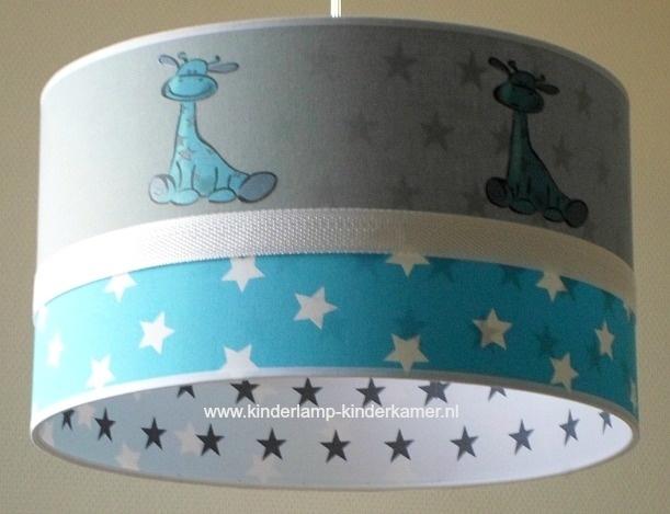 Jongenslamp aquablauw witte sterren girafjes grijze sterren