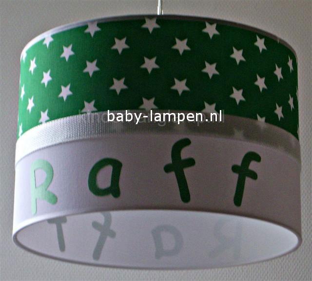 Jongenslamp met naam Raff grasgroen witte sterren